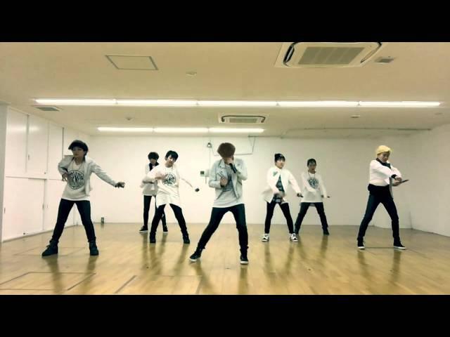 방탄소년단 TOMORROW cover dance by 爆弾少年団(japanese girls)