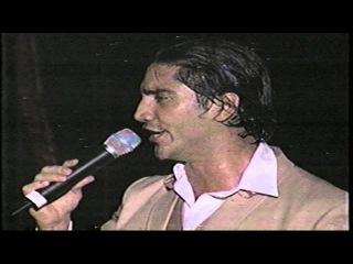 ALEJANDRO FERNANDEZ DESDE SANTO DOMINGO.  VOY, SERENATA HUASTECA, ES LA MUJER, COMO QUIEN PIERDE UNA