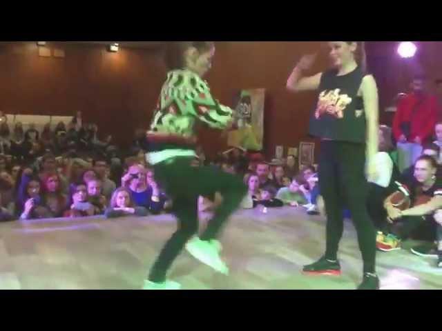 Танцевальный батл супер девушек
