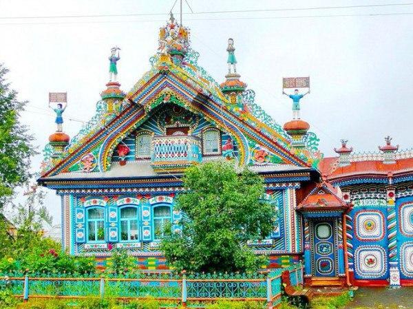 Невероятный дом русского кузнеца