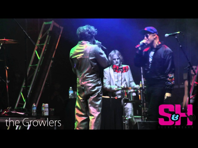 The Growlers - People Are Strange feat. Julian Casablancas (The Doors cover LIVE at Beach Goth 4)