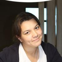 Лариса Петрова(Суворова)