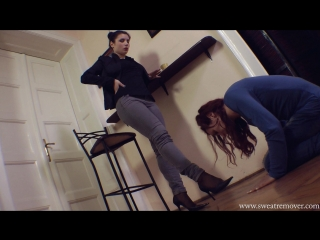 sweatremover.com — Lezdom nylon footworship pt. 1 (foot fetish, femdom, фут фетиш, лездом, фемдом, рабыня)