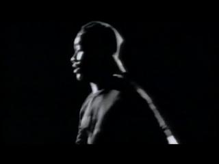124. Suzanne Vega ft. DNA - Tom s Dinner 1990