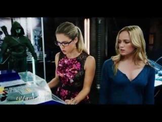 Felicity Smoak Sara Lance (Arrow) - Hey Na Na