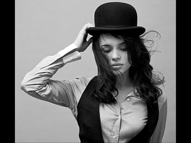 Norah Jones The Peter Malick Group Deceptively Yours!!
