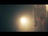 Nickelback - Far Away(Очень красивый стриптиз - танец на шесте Pole dance)