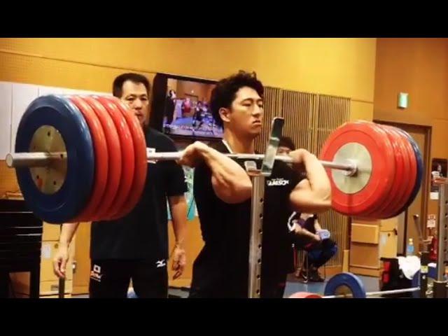 Toshiki Yamamoto - 260 kg Squats
