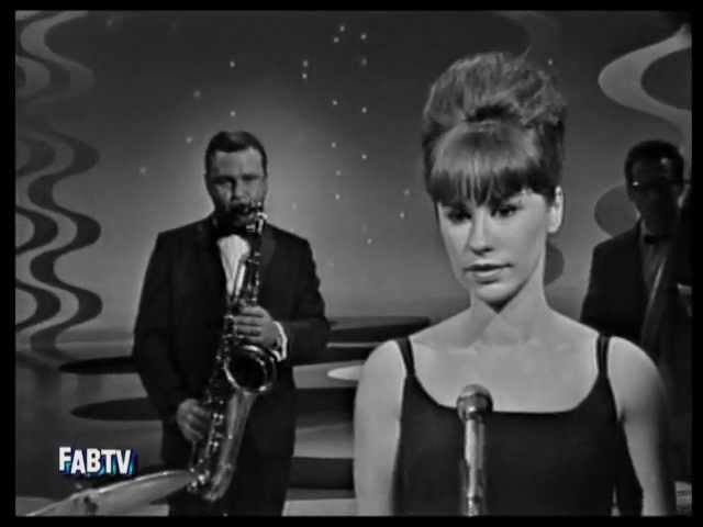 Astrud Gilberto Stan Getz ◊ The Girl From Ipanema ◊ 1964