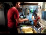 Part 1: Stay rock and keep cooking или как научить итальянца готовить драники