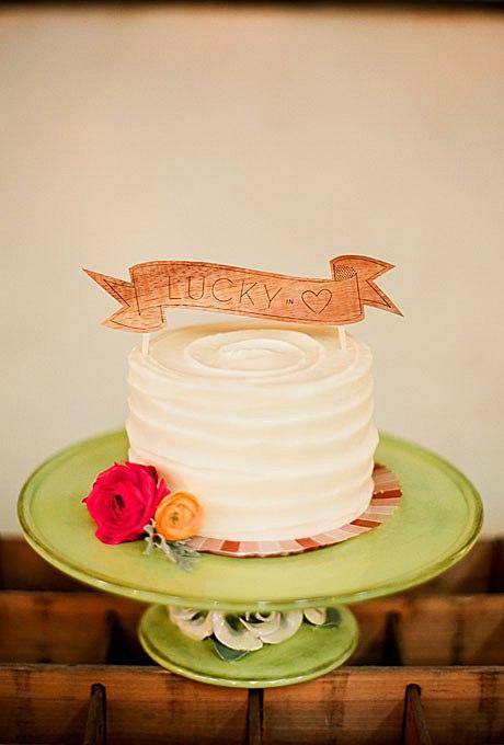 brFnYeiYOLo - 36 Красивейших одноуровневых свадебных тортов