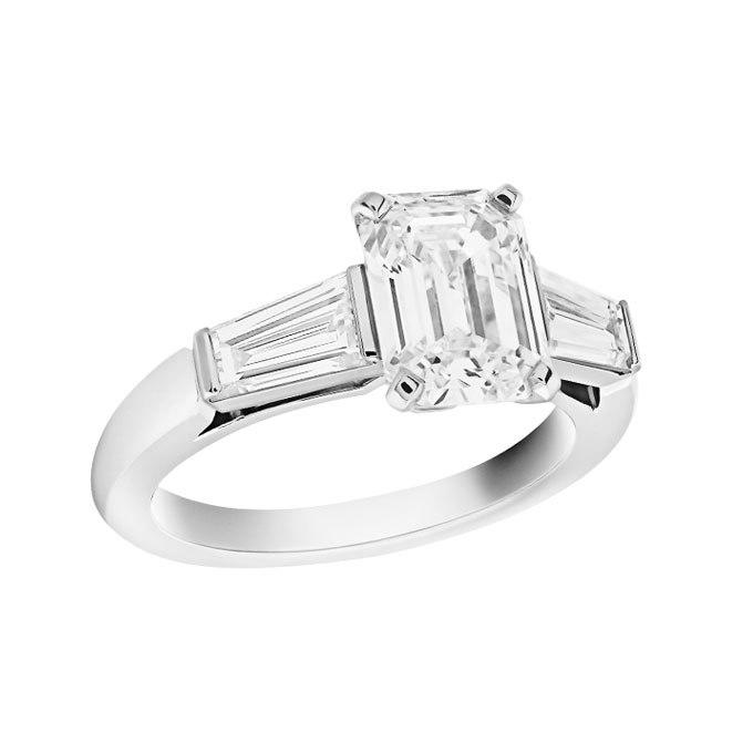 N6p5TSakEDU - Обручальные кольца с тремя камнями (63 фото)