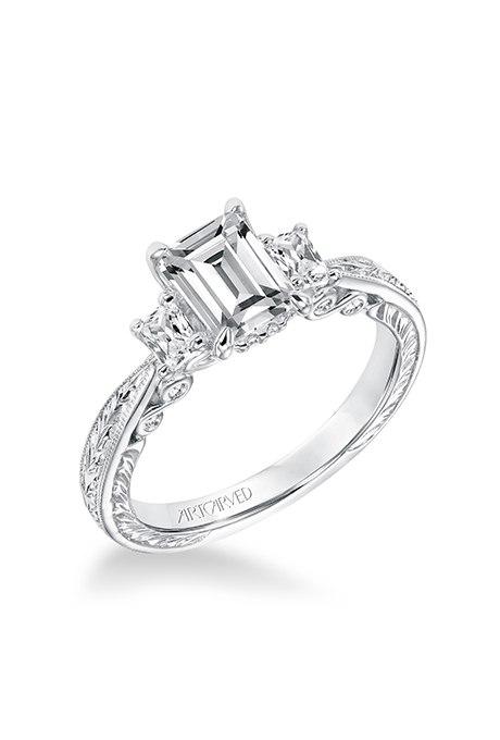 cQeFyHJawZ4 - Обручальные кольца с тремя камнями (63 фото)