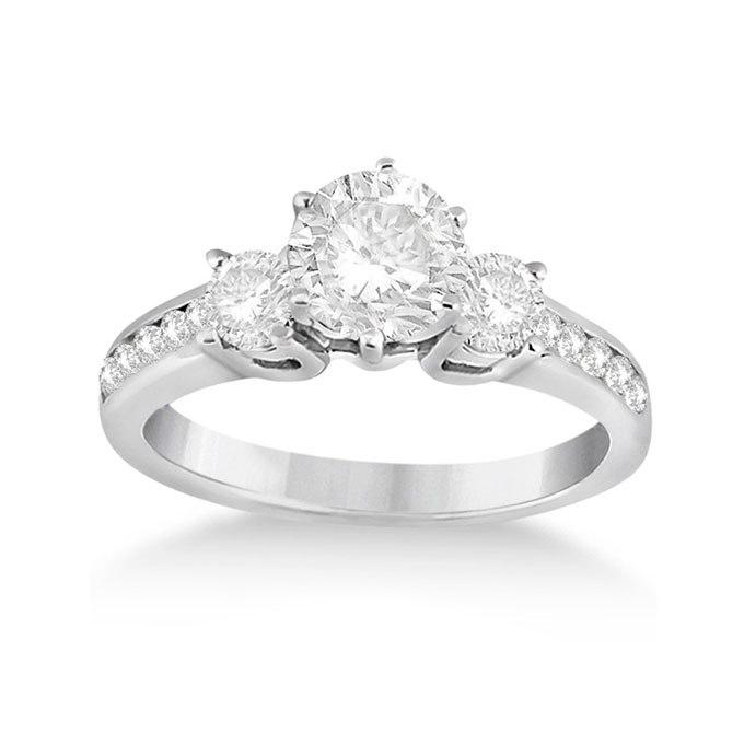 4aquNLUbmi0 - Обручальные кольца с тремя камнями (63 фото)