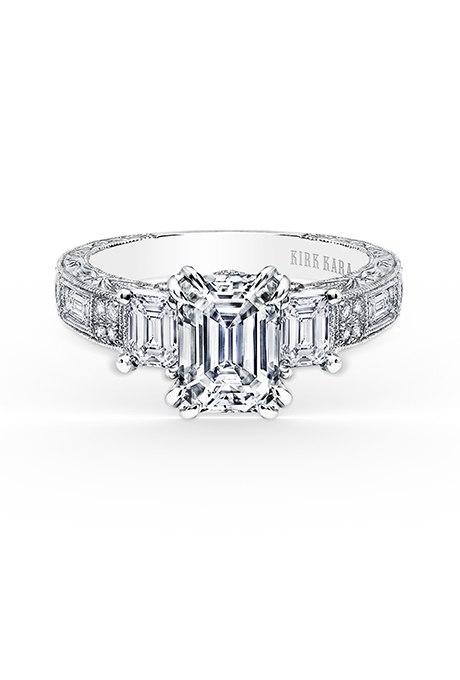 y1JgnVk9HXA - Обручальные кольца с тремя камнями (63 фото)