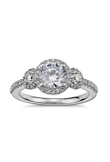 q60pJBvvyoY - Обручальные кольца с тремя камнями (63 фото)