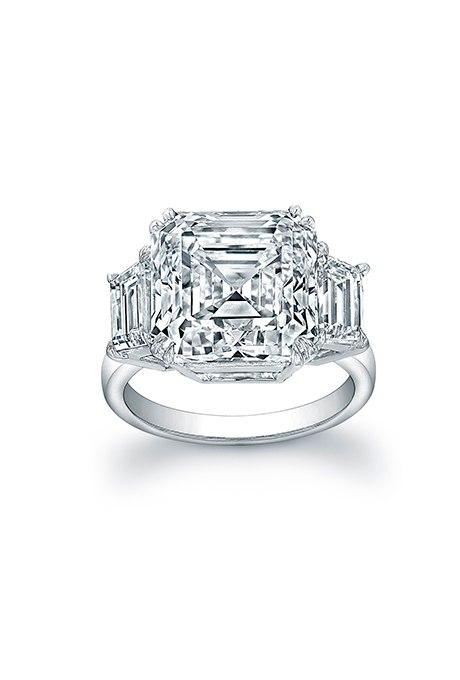 7cqkjAItr5I - Обручальные кольца с тремя камнями (63 фото)