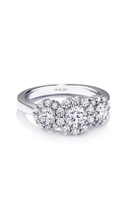 bwK1vTSQKuw - Обручальные кольца с тремя камнями (63 фото)