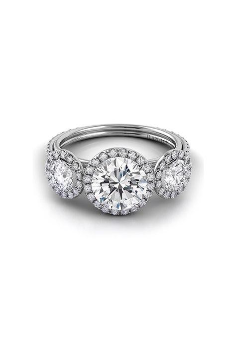hDEaUMQ9Ujc - Обручальные кольца с тремя камнями (63 фото)
