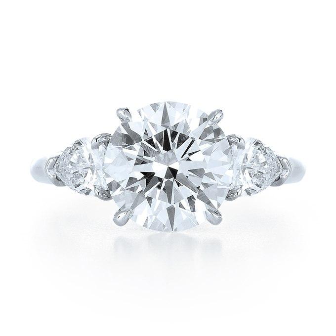 yOuNIbYkF5g - Обручальные кольца с тремя камнями (63 фото)
