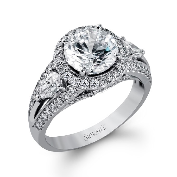 cv20NSihzb0 - Обручальные кольца с тремя камнями (63 фото)
