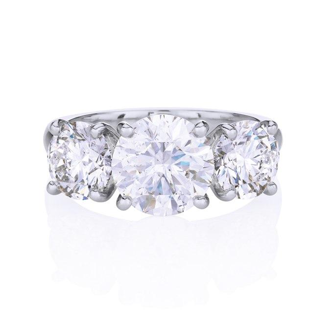 AAppABiY1XI - Обручальные кольца с тремя камнями (63 фото)