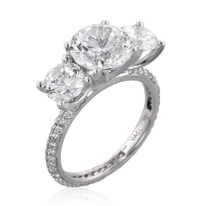 zZ9wST4b6uo - Обручальные кольца с тремя камнями (63 фото)