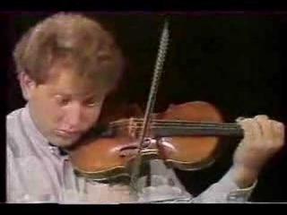 Paganini: Caprice No. 5 (Shlomo Mintz)