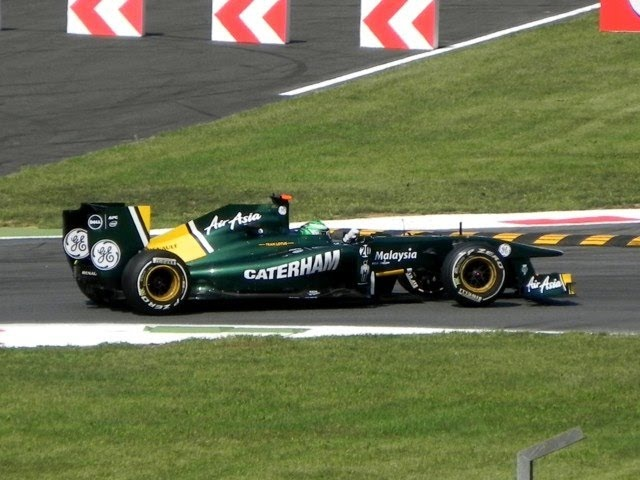 How the Formula 1 Blown Exhausts Sound Like - F1 2011