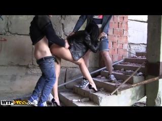 Порно на стройке студентов