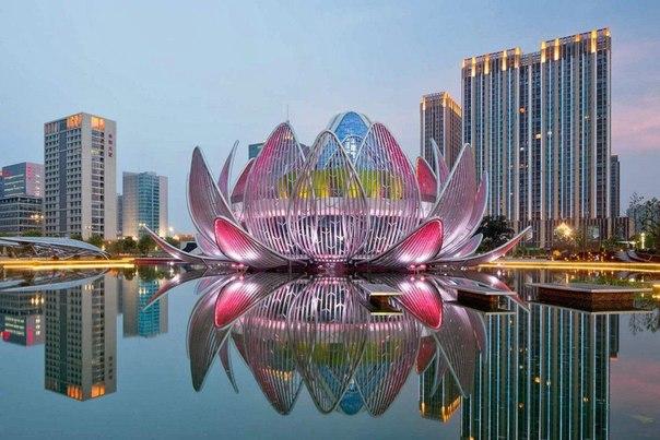 Фантастические архитектурные шедевры Здание в форме лотоса, Китай