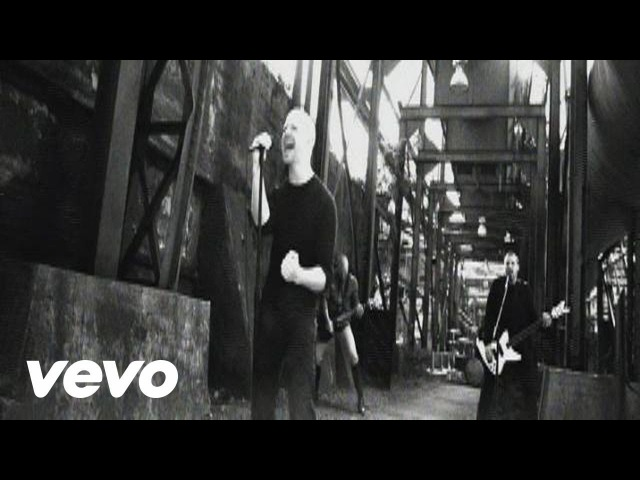 Red - Lie To Me (Official Video)