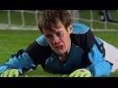 Вратарь отражает все 5 пенальти лицом Goalkeeper reflects penalty head
