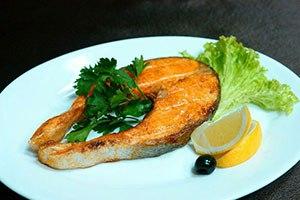 Сауна Орли, жареная красная рыба