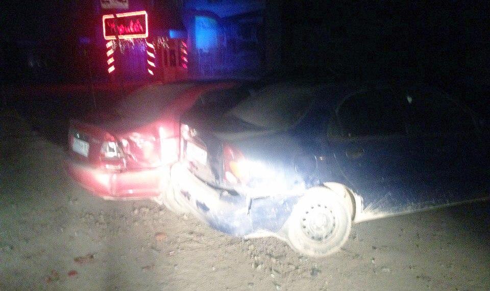 В Таганроге разыскивают водителя, протаранившего Chevrolet Lanos и Hyundai Accent