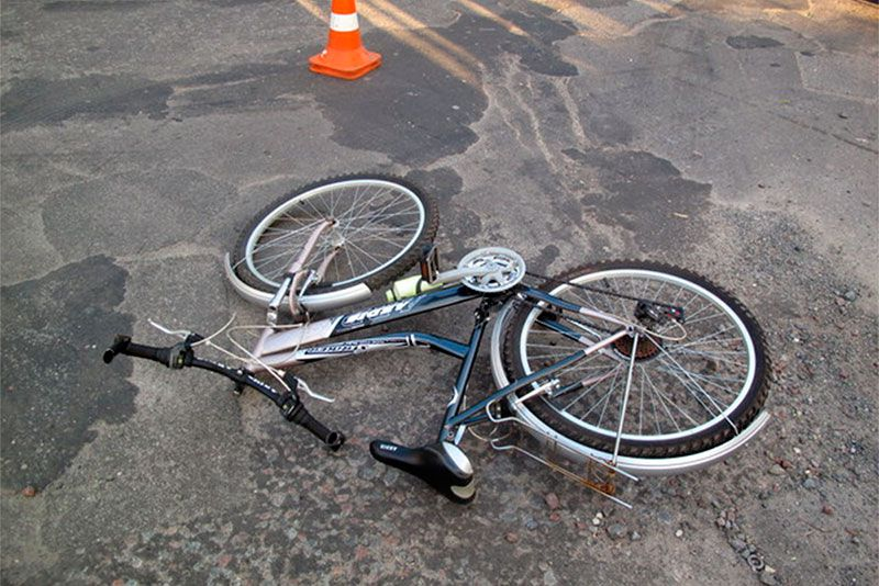 Вчера под Таганрогом 50-летняя автоледи сбила 11-летнего мальчика на велосипеде