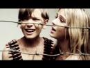 Российский клип, где целуются голые дети, обмотанные пулеметными лентами