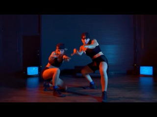 Janelle Ginestra & Nicole Kirland/ Chris Brown x Tyga - D.G.I.F.U