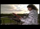 Brian May 'God Save The Queen' on the roof of Buckingham Palace Golden Jubilee 2002)