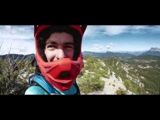 Video Maxxis Rubber Side Down Iago Garay