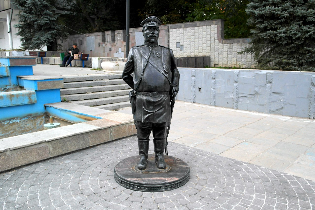 Памятники саратов цены и их классификация памятники на могилу установка недорого