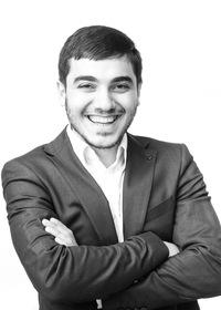 Айк Джулакян