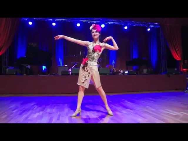 Ksenia Parkhatskaya Honeysuckle Rose BodyArt Snowball 2013
