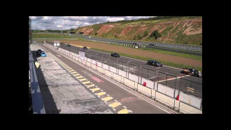 5-й этап Porsche Sport Challenge 2015 в Казани, финиш 1-го круга