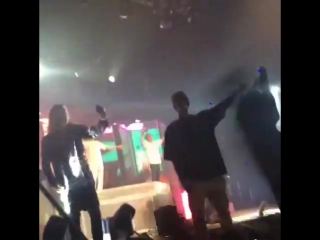 November 27: Fan taken video of Justin at The Chainsmokers concert in Los Angeles, California
