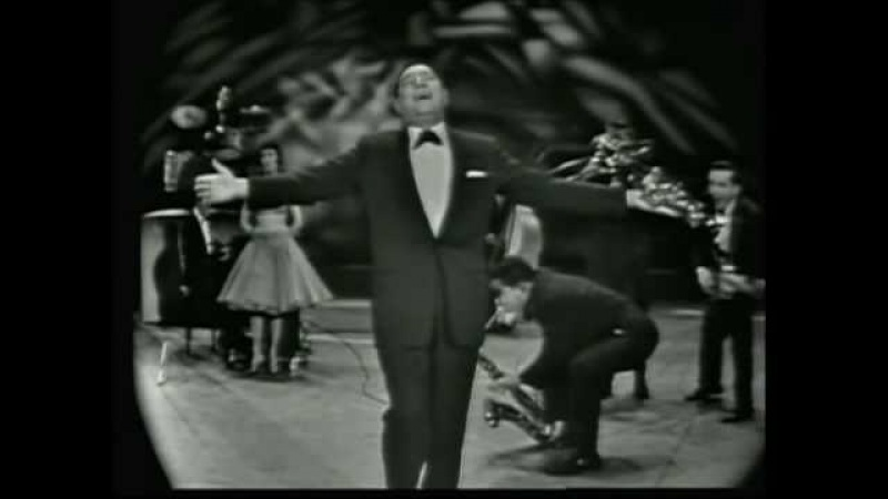 Louis Prima LIVE -- When You're Smiling / C'è La Luna / Zooma Zooma / Oh Marie