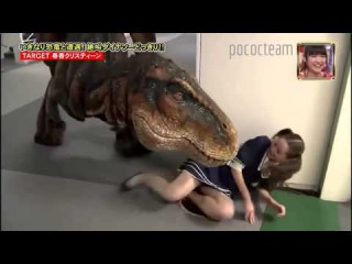 ПРИКОЛЫ!!! ЯПОНСКИЙ РОЗЫГРЫШЬ С ДИНОЗАВРОМ 2!!! Japanese prank dinosaur T REX in hall way part 111