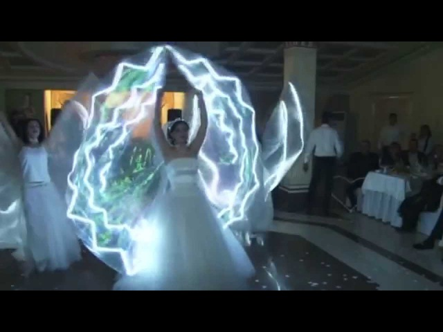 Harsi par-anaknkal pesayin (bridal dance with led wings ) lilitarmen