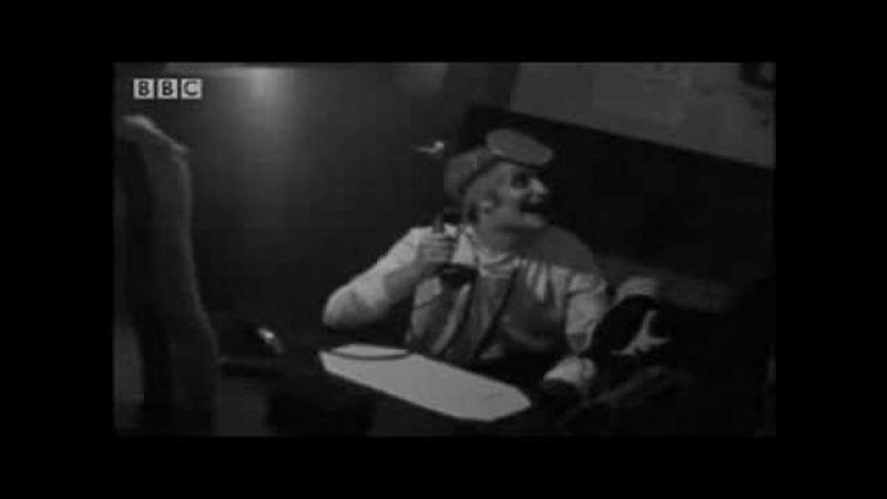 The Mighty Boosh - Julian Barratt as Jurgen Haabermaaster - BBC comedy