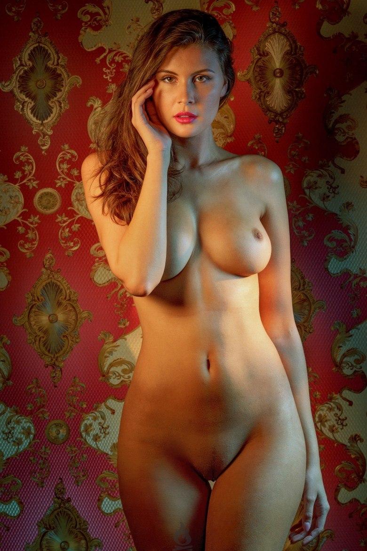 Голые женщины с очень красивой фигурой 6